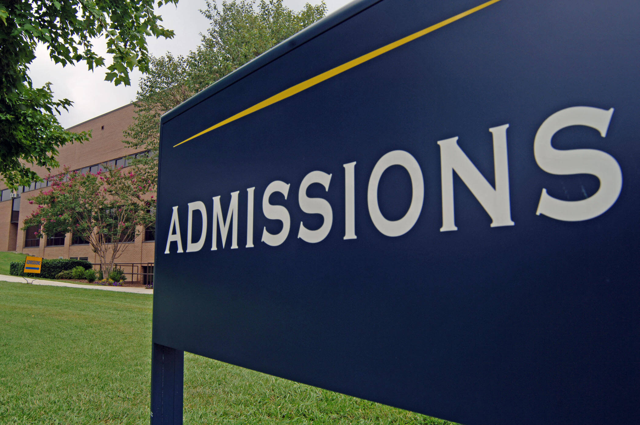 What College Adcom Is Looking For In Applicants