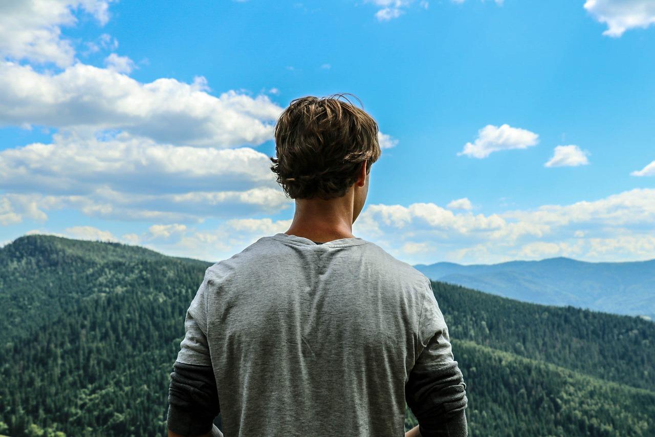申請美國大學》暑假除了參加夏令營,還能做什麼?試看看這5件事吧!